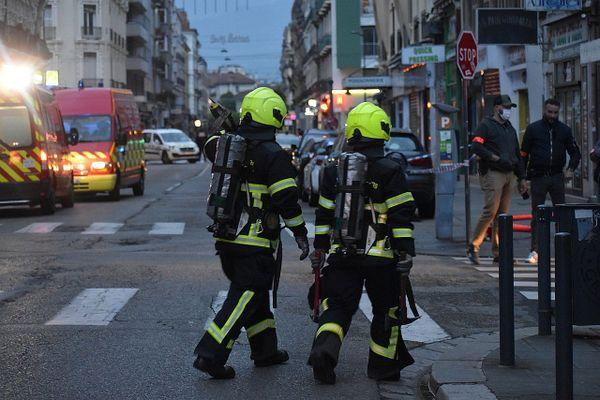 Un feu d'appartement s'est déclenché le 26 avril 2021 dans un immeuble du quartier Berriat à Grenoble.