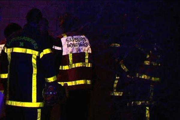 Les pompiers sont intervenus nombreux sur cet incendie qui était invisible de la rue.