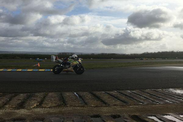 A l'entraînement sur le circuit de Saint-Pierre-sur-Dives (14)