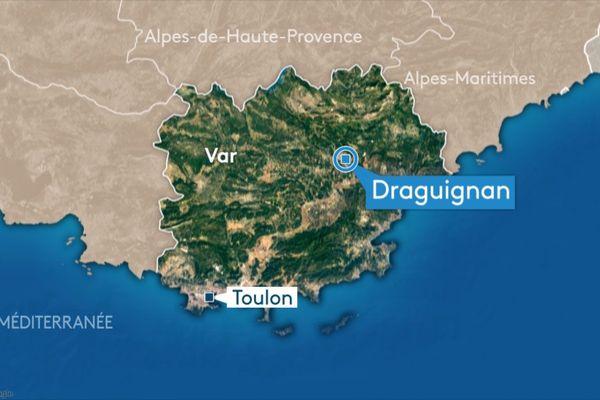 Le centre ville de Draguignan (Var) a été le théâtre d'une course-poursuite mardi soir entre les forces de l'ordre et un couple.