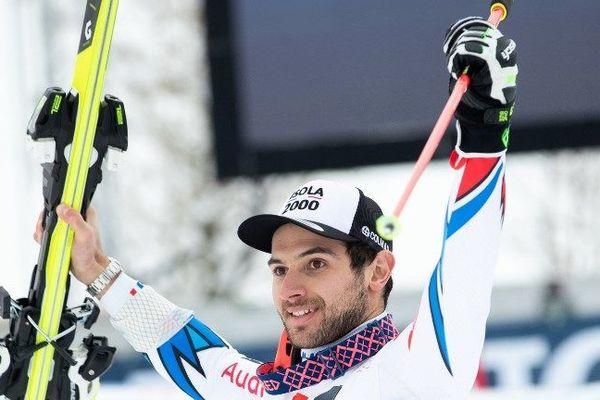 Mathieu Faivre savoir sa troisième place au géant de Saalbach en Autriche le 19 décembre 2018.