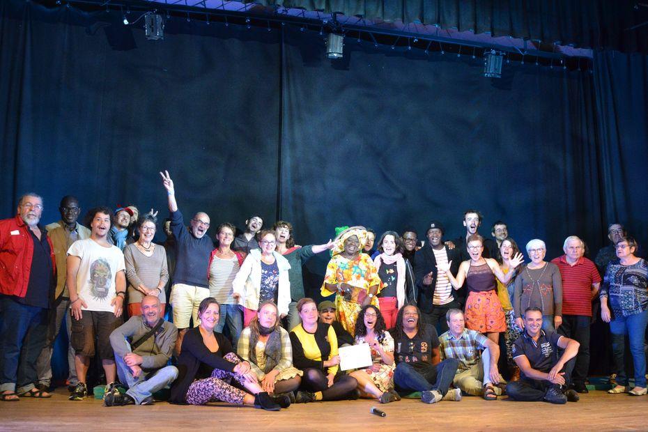 """Découverte du slam et de ses rimes à Valence sur Baïse dans le Gers pour le festival """"Valence ton Slam"""""""