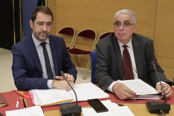 A droite, Jean-Pierre Sueur, députés du Loiret, lors des auditions de la commission d'enquête parlementaire.