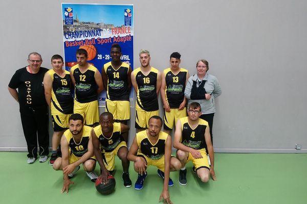L'équipe de l'Oustaou Esterel au Championnat de France à St Malo