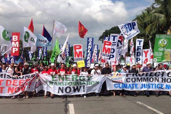 Manifestation pour le climat à Manille, aux Philippines, le 28 novembre 2015.