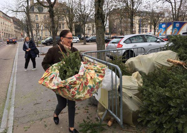 Dans plusieurs villes de France, comme ici à Nancy, des points de collecte ont été mis en place