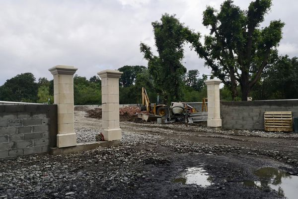 Près de Toulouse : la commune de Cugnaux confrontée à la cabanisation et à une construction illégale - 24 juin 2021.