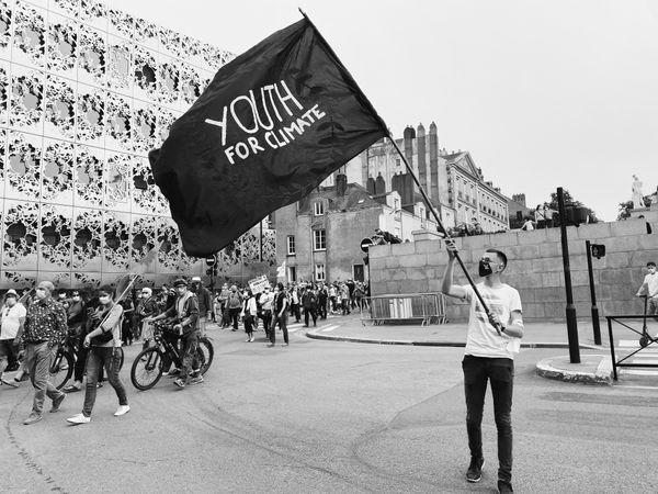 """Membre de """"Youth for Climate"""", Tristan Lepetit regrette """"que ce soit aux jeunes de changer les choses""""."""
