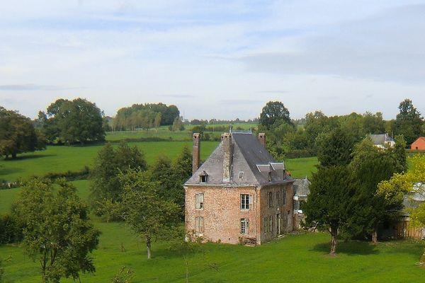 """""""Le château"""" de Rocquigny, et son parc."""