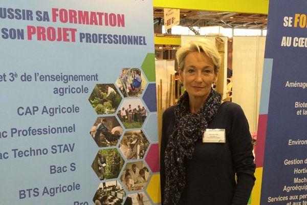 Véronique Tête, responsable département communication du centre national de l'enseignement agricole privé