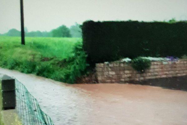 Pluies torrentielles et coulée de boue dans le Sud MAnche