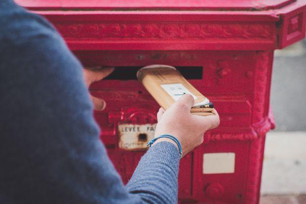 Hipli est une marque d'emballage pour le e-commerce qui peut être réutilisé une centaine de fois.