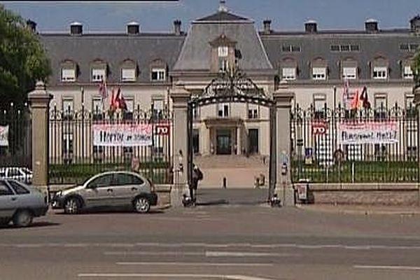 Image d'archives - Hôpital l'Hôtel Dieu au Creusot