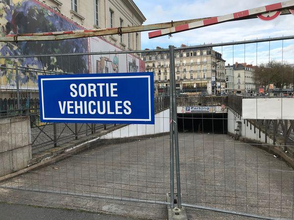 Le parking Commerce restera fermé jusqu'à fin 2021.