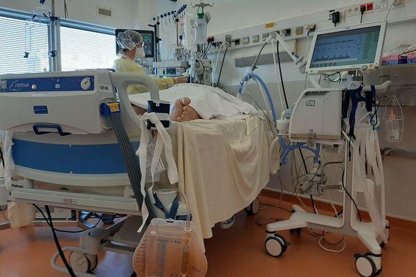 En cas de saturation, les hôpitaux de Chartres et Dreux pourraient transférer des patients atteints de la Covid-19 au service de réanimation du CHU de Tours.