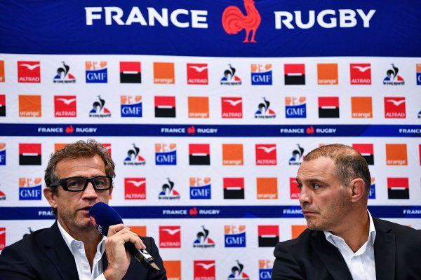 Fabien Galthié et Raphaël Ibanez ce jeudi matin à Marcoussis (Essonne) lors de l'annonce de la composition