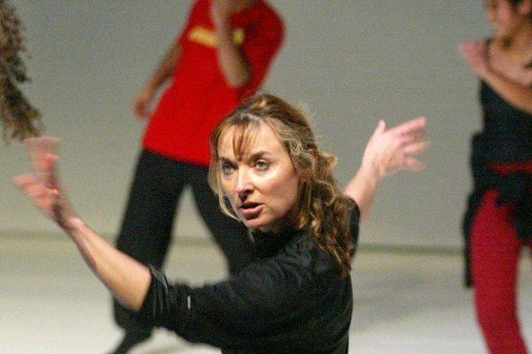 """Josette Baïz lors de la création """"Time Break"""" avec le groupe Grenade, d'Aix en Provence"""
