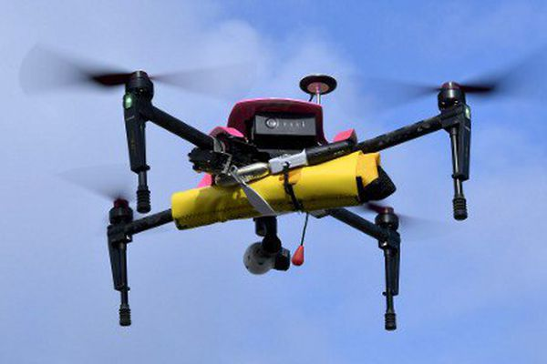 Les drones ne peuvent pas survoler les agglomérations sans autorisation.