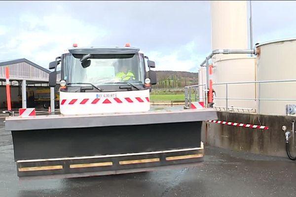 Sur le Calvados 34 équipes sont en alerte et disposent chacune d'une saleuse et d'une lame de déneigement