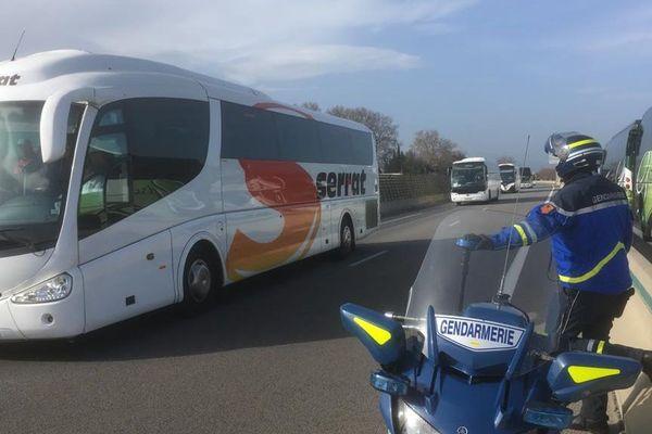Les bus affrétés pour les sympathisants à leur arrivée dès 10 heures