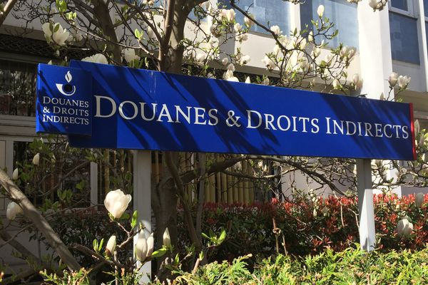 Moulins Fermeture Du Bureau Des Douanes Avant D Autres En Auvergne