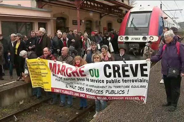 Marvejols point de convergence de la mobilisation ce mercredi matin pour les Auvergnats et les Languedociens.