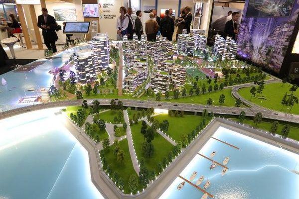 Une maquette exposée au  marché international des professionnels de l'immobilier 2019.