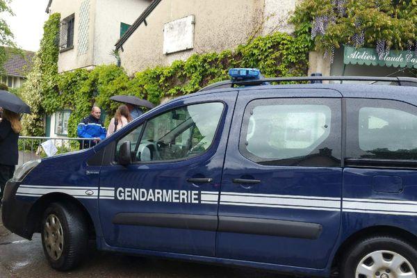 La gendarmerie au musée des impressionnismes à Giverny pour une alerte au colis suspect.