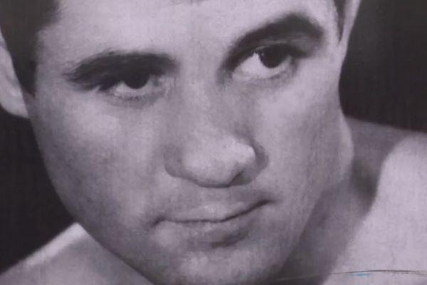 <p>Jean Josselin, ancien boxeur est mort à 81 ans.</p>
