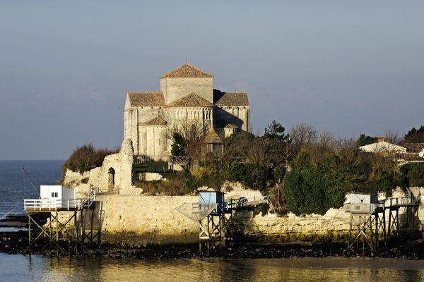Il devrait y avoir un beau coucher de soleil sur Talmont-sur-Gironde ce soir