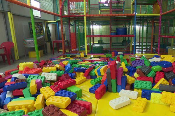 Près de 2000 loisirs d'intérieur en France comme cette salle à Brive.