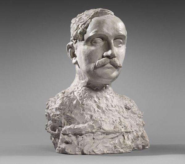 """L'œuvre de Camille Claudel, intitulée """"Étude pour le Buste de Paul Claudel à 37 ans"""", a été vendu 23 400 € frais inclus."""