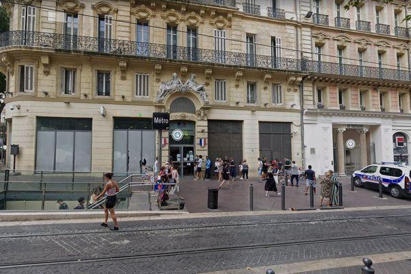 Capture Google Maps, commissariat du 1er arrondissement - Division de sécurité de proximité Centre, sur la Canebière à Marseille.