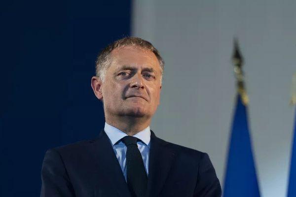 Philippe Juvin, chef du service des urgences à l'hôpital Georges Pompidou, a déclaré sa candidature à la primaire de la droite et du centre en vue de l'élection présidentielle de 2022.