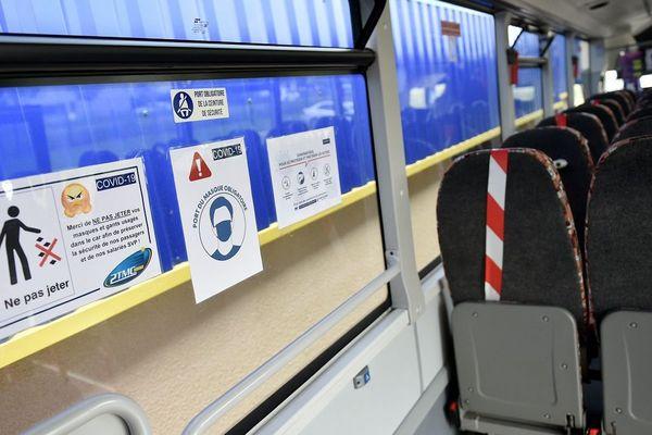Des mesures sanitaires sont prises dans tous les cars servant aux transports scolaires.