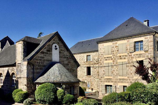 L'établissement de la Maison Heureuse à Brive, reste jour et nuit à l'écoute de ses résidents.