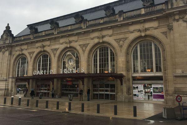 Gare de Troyes, le 9 avril 2018