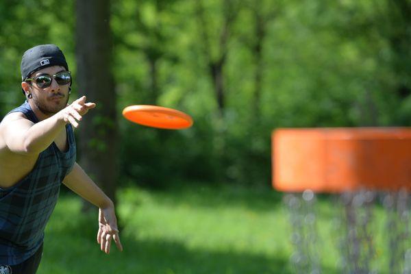 Le Disc Golf : un loisir en plein essor dans le Var