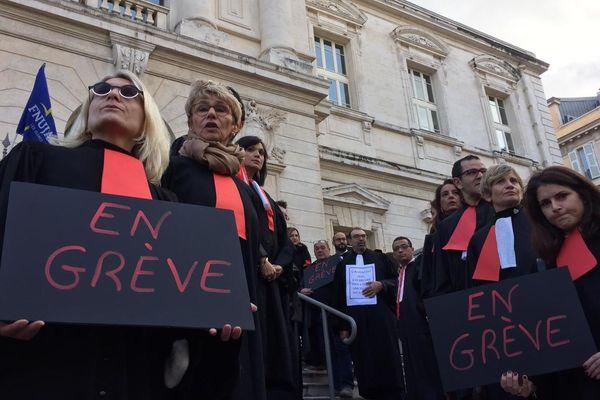 Les avocats ne veulent pas de la réforme des retraites.