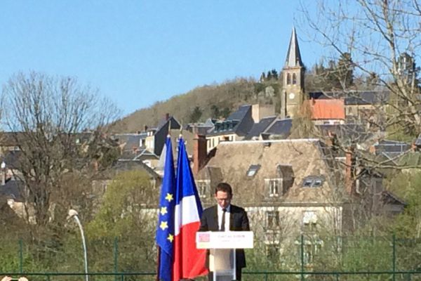 Benoit Hamon à Château-Chinon (Nièvre) ce vendredi 7 avril
