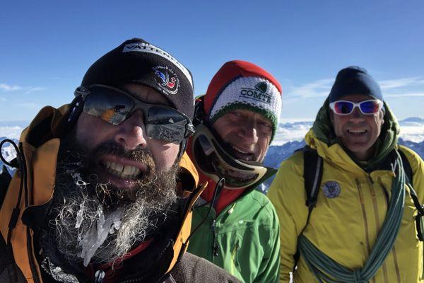 Lionel Colombani, Frédéric Parise et leur guide