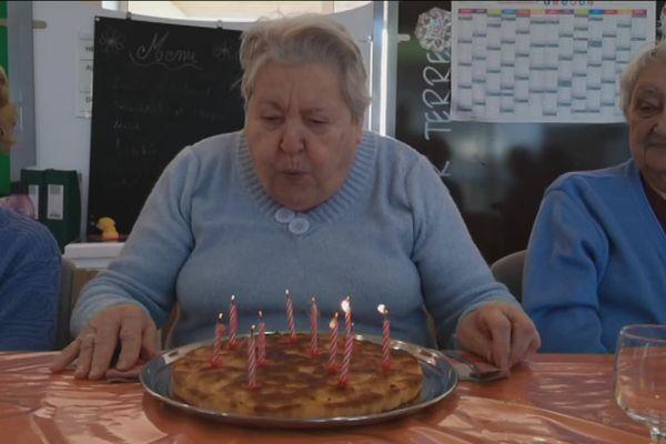 Les pensionnaires sont acteurs dans le clip