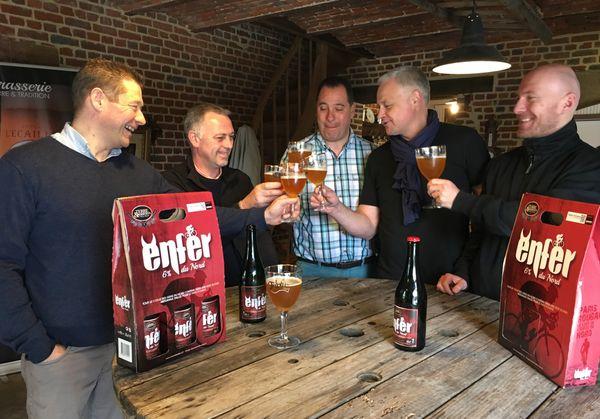Brasseur et municipalité trinquent à la bière du Paris-Roubaix