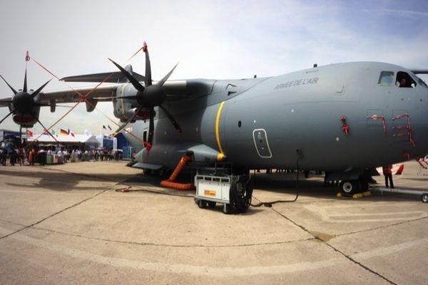 L'avion de transport militaire européen est l'une des grandes vedettes du 50ème Salon aéronautique du Bourget, où il vole pour la première fois.