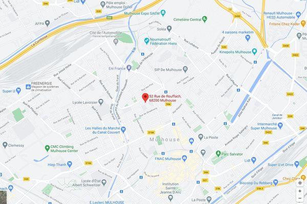 Le sinistre s'est déclaré au premier étage du 52 rue de Rouffach à Mulhouse