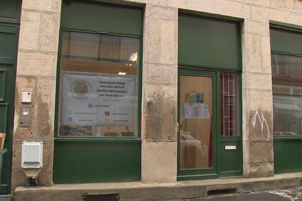 Le local de l'association Maraude United à Saint-Etienne (janvier 2021) qui devient un lieu de passage en hiver.