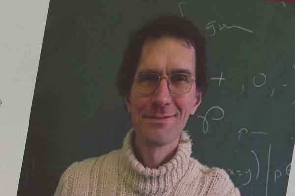 Le mathématicien lyonnais attend d'être jugé sur le fond et de pouvoir récupérer son passeport confisqué par l'administration turque