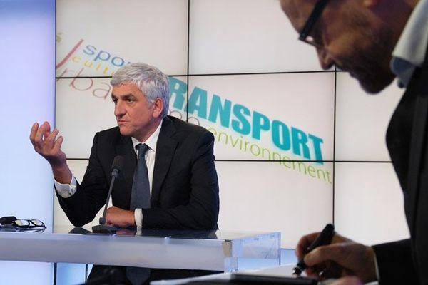 Hervé Morin président de la Région Normandie sur le plateau de La voix est libre - 8 janvier 2016