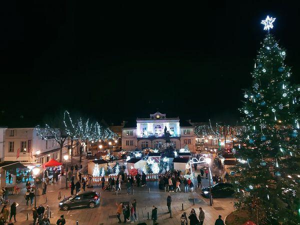 La ville de Saint-Dizier parée de ses illuminations.