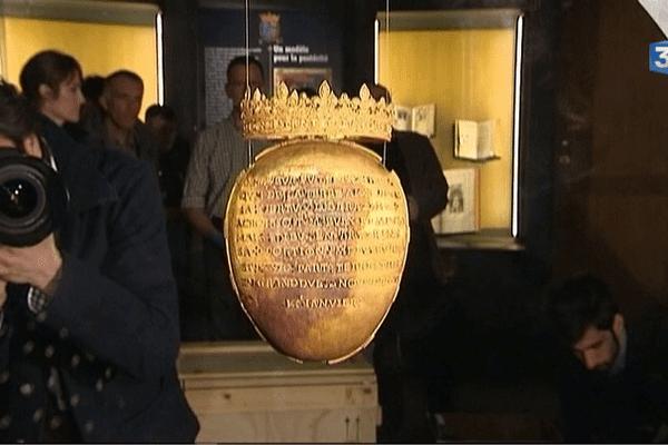 La relique du coeur de la souveraine Anne de Bretagne exposée au château de Blois (41)